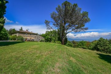 B&B WITH PANORAMIC VIEW FOR SALE IN ANGHIARI, TUSCANY