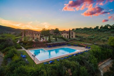 WINE-RESORT FOR SALE ON THE CHIANTI HILLS, TUSCANY