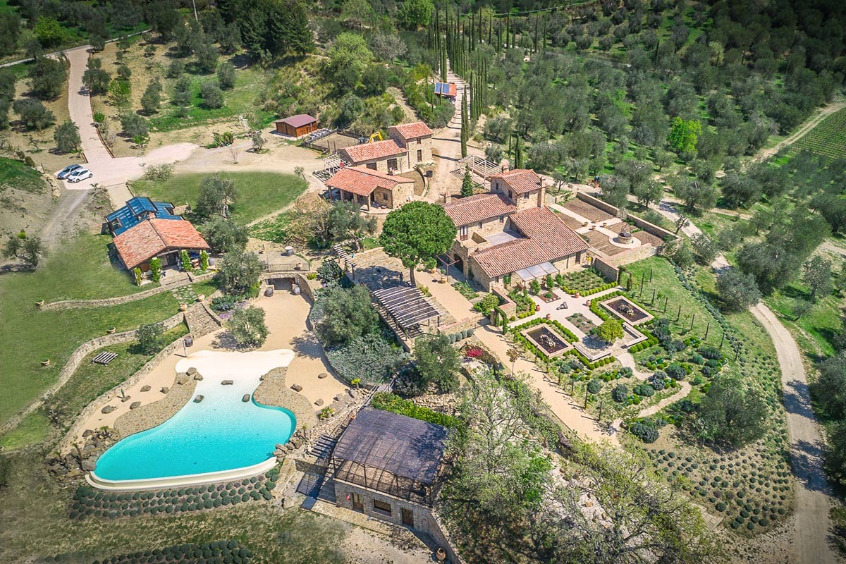 AGRITURISMO FOR SALE VAL D'ORCIA, TUSCANY