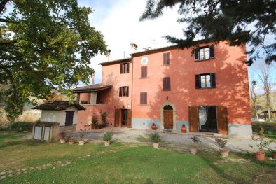 AGRITURISMO, B&B FOR SALE IN MONTONE, UMBRIA