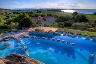 TRASIMENO LAKE: RESORT WITH POOL FOR SALE