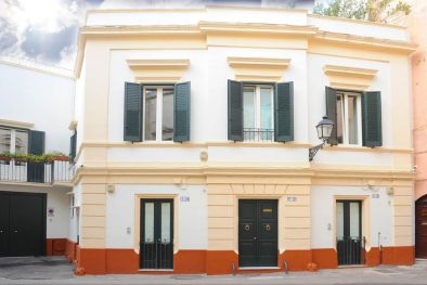 B&B  FOR SALE IN GALLIPOLI HISTORICAL CENTRE